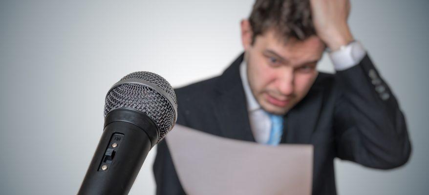 Come parlare in pubblico senza emozionarsi:
