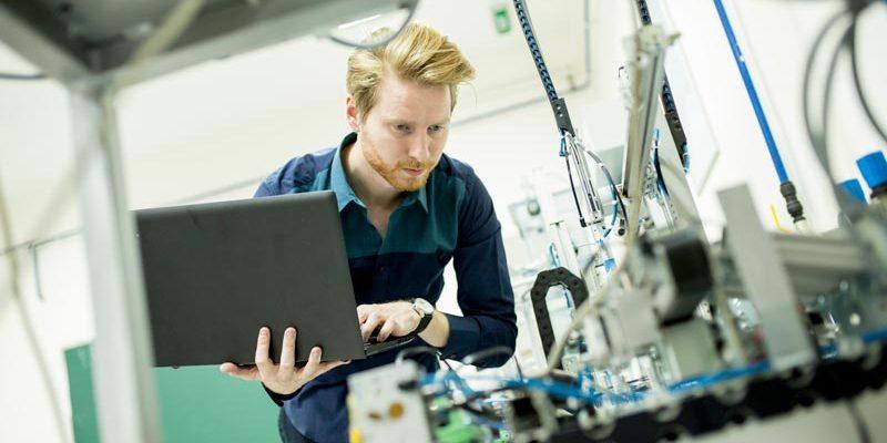 differenza tra ingegnere elettronico e ingegnere meccanico
